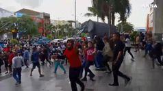 Indonesia, panico e fuga dopo il terremoto