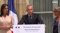 Aragoste e champagne, si dimette il ministro di Macron