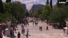 Terremoto ad Atene, la gente si riversa in strada