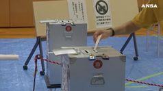 Giappone al voto, Abe punta a rafforzare la maggioranza
