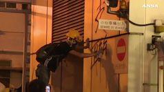Hong Kong, inviato Pechino condanna atti vandalismo