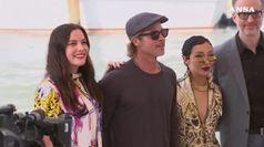 Venezia, Brad Pitt acclamato all'arrivo alla Mostra