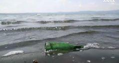 Legambiente: mare e laghi, un punto su 3 e' inquinato