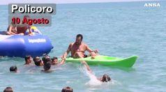 L'estate calda di Salvini, tra selfie e contestazioni