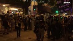 Hong Kong sciopera e la leader avverte, fase pericolosa