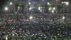 Hong Kong, 1,7 milioni in piazza per la democrazia