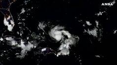 L'uragano Dorian si rafforza a categoria 4