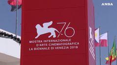 Venezia, Joker conquista il Leone D'oro