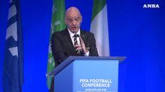Calcio, Infantino: 'Situazione razzismo grave in Italia'