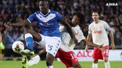 La Juve rimonta e fatica, a Brescia e' 2-1 nel Balotelli day
