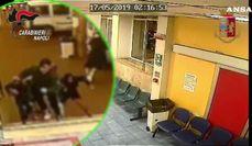 Spari in ospedale a Napoli, in un video la fuga dei pazienti