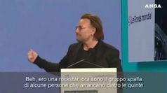 Bono si scalda parlando della lotta a hiv e malaria
