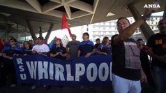 Whirlpool: corteo lavoratori a Napoli, no riconversioni