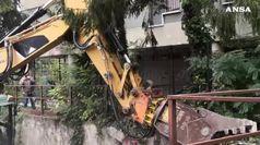 Padova, iniziata la demolizione dell'ex residence Serenissima