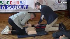In Italia 120mila l'anno imparano l'uso dei defibrillatori
