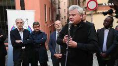 Genova, inaugurate lavanderie e docce di Papa Francesco