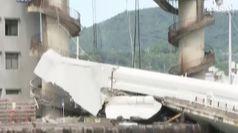 Crolla un ponte in Taiwan, diversi dispersi