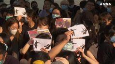 Hong Kong, studenti protestano per il compagno ferito negli scontri