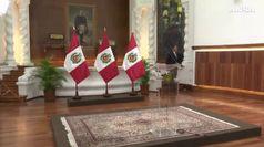 Il Peru' nel caos, il presidente scioglie il Parlamento
