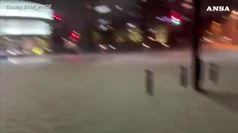 Tifone Hagibis colpisce Tokyo: le immagini della citta' allagata