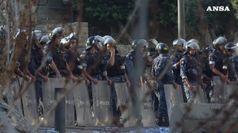 Libano, popolo in piazza chiede dimissioni del governo