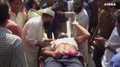 Bangladesh, violente proteste per post blasfemo su Fb