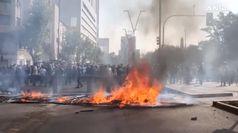 Cile: sale a 10 bilancio vittime durante proteste