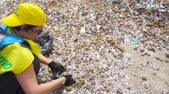 Ichnusa in campo con #ilnostroimpegno per ripulire le spiagge