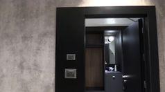 Juve, all'inaugurazione del J Hotel tra selfie e ritratti in bianconero