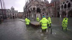 Maltempo, a Venezia nuovo picco di acqua alta