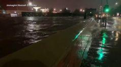Inghilterra, piogge torrenziali fanno esondare il Don: disagi nel South Yorkshire