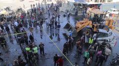 Siria, autobomba ad al-Bab: ecco cosa e' rimasto