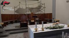Terremoto Mugello, carabinieri portano al sicuro opere della chiesa di Barberino