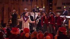 Si accende l'albero di Natale a Rockfeller center: show a New York