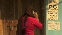 Dramma a Delhi, decine di morti nel rogo di fabbrica-dormitorio