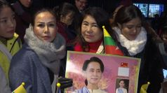 Birmania, sostenitori di Suu Kyi all'Aia: