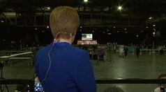 La premier scozzese esulta davanti ai monitor