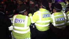 Londra, protesta anti-Johnson: la polizia usa la forza