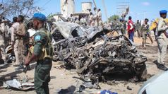 Somalia, autobomba a Mogadiscio: decine di morti