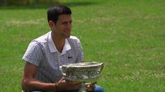 Australian Open, Djokovic visita il Giardino Botanico di Melbourne