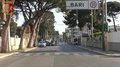 Coronavirus, a Bari i controlli della polizia