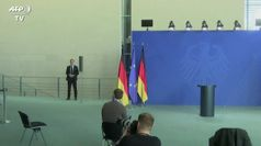 La Germania riapre negozi ma Merkel frena sulla 'Fase 2'