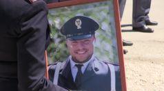 Napoli, il funerali del poliziotto Pasquale Apicella