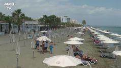 Coronavirus, a Cipro parte la stagione balneare dopo il lockdown