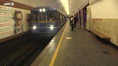 Coronavirus, la metropolitana di Kiev riapre dopo due mesi