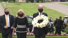 Usa, Joe Biden lascia una ghirlanda per i veterani americani