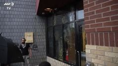 Usa, afroamericano ucciso: rivolta contro la polizia