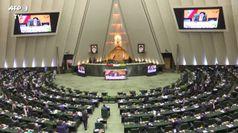 In Iran il Parlamento fondamentalista sfida Rohani