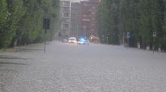 Pioggia e grandine in Lombardia, esonda il Seveso