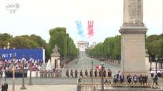 Festa nazionale, gli aerei tricolori sfrecciano nei cieli di Parigi